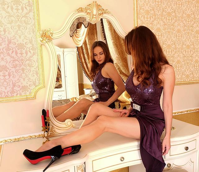 Žena v zrcadle