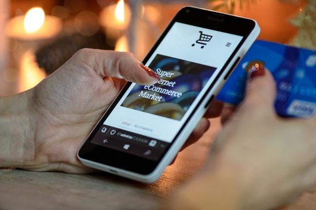nakupovanie cez smartphone